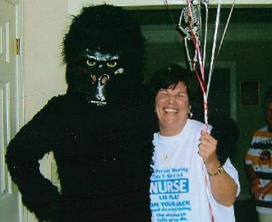 gorilla king kong singing telegram and balloon delivery middle tn